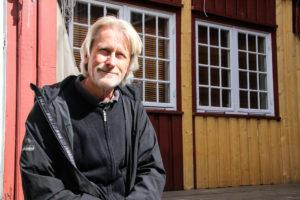 STOLT: Frank Kvarstein Er Gla For Nok En Gang å Kunne Presentere Et Program For Bakgården. Foto: Grete Helgebø