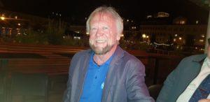 OPTIMIST: Thore K. Karlsen Topper Hovelista, Og Håper Både Han Og Tre Andre Kandidater Får Fast Plass I Bystyresalen. Foto: Helene Walle