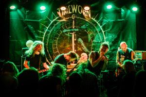 "HARDCORE: I Mars Inntar Bandet ""Timeworn"" Den Lokale Rockescenen. Foto: Birgit Fostervold"