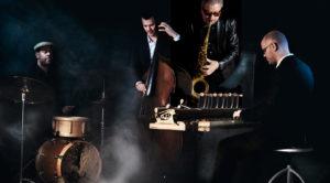 JAZZ: Trioen Vein Og Den Britiske Saksofonisten Andy Sheppard Gjester Arendal Jazzklubb. Pressefoto