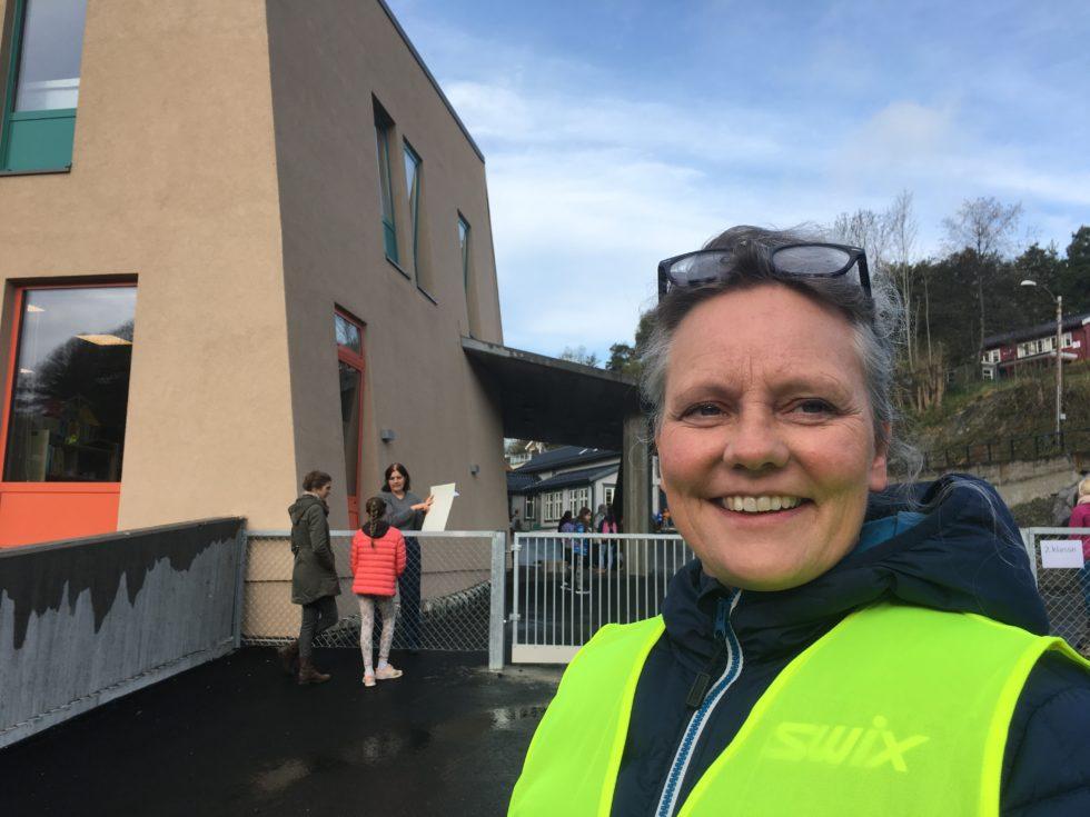 FORNØSteinerskolen I Arendal ønsket Hver Av De 60 Elevene I Småskolen Hjertelig Velkommen Tilbake Mandag Morgen.