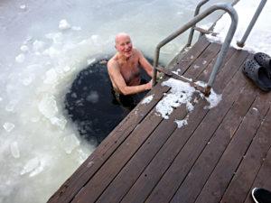 SMIL: Godt Humør Kjennetegner Den Friske Baderen.