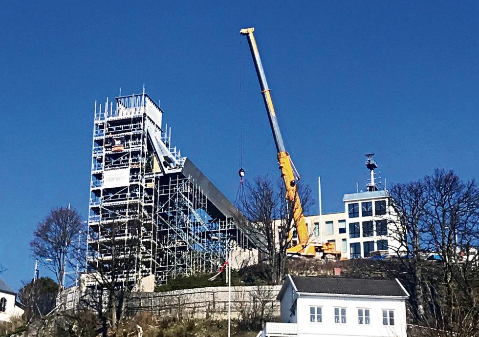 DYR LÆREPENGE: Overskridelsene For Bygging Av Glassheisen  Gir Endring I Rutiner Og Dokumentasjon For Større Investeringsprosjekter I Kommunen.