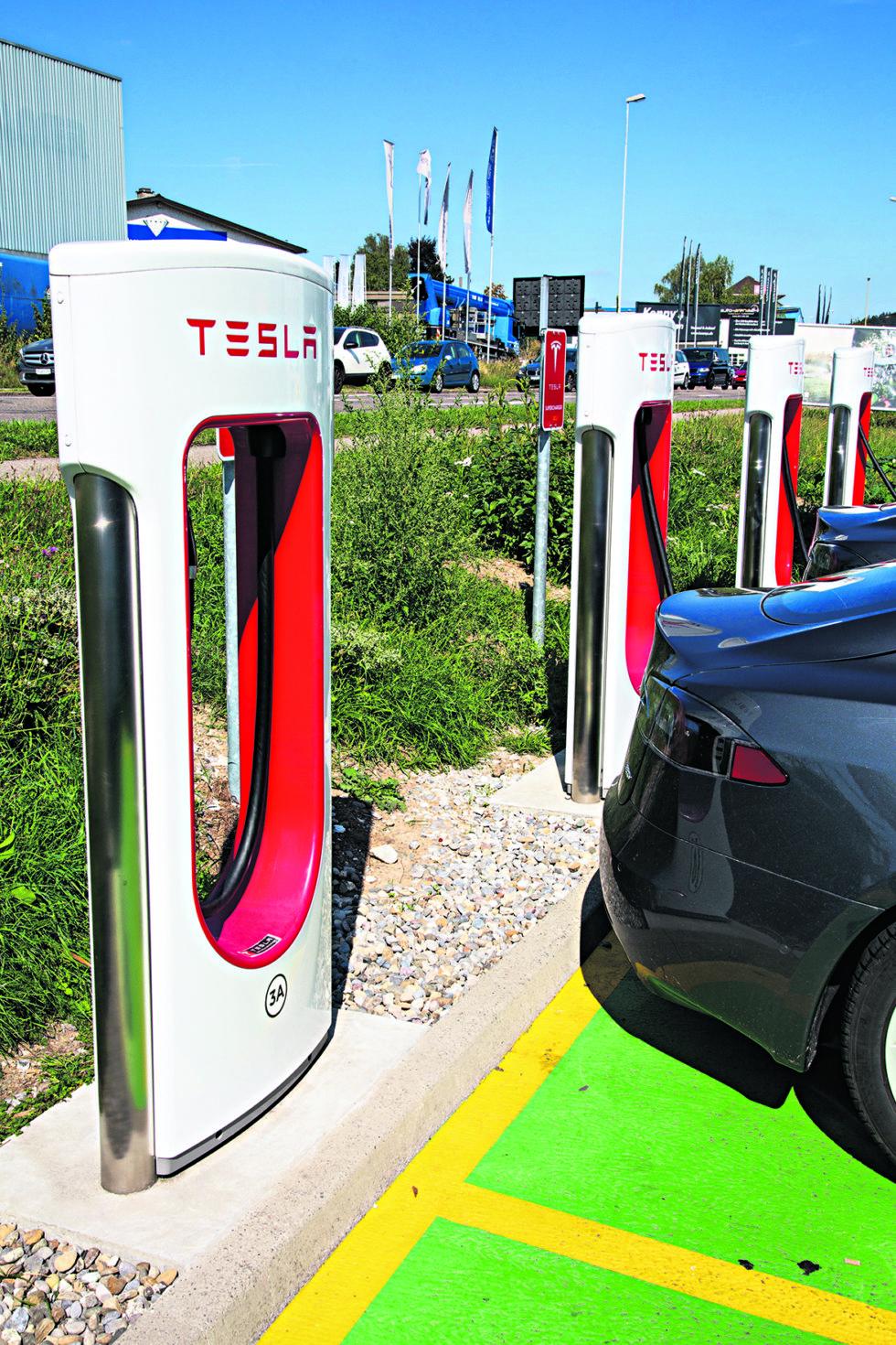 Tesla Dobler Kapasiteten På  Stasjonen På Brokelandsheia