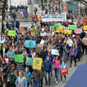 Her streiker ungdommen for klima